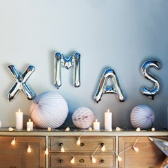 Fashionable Christmas decorations which are simply to die for